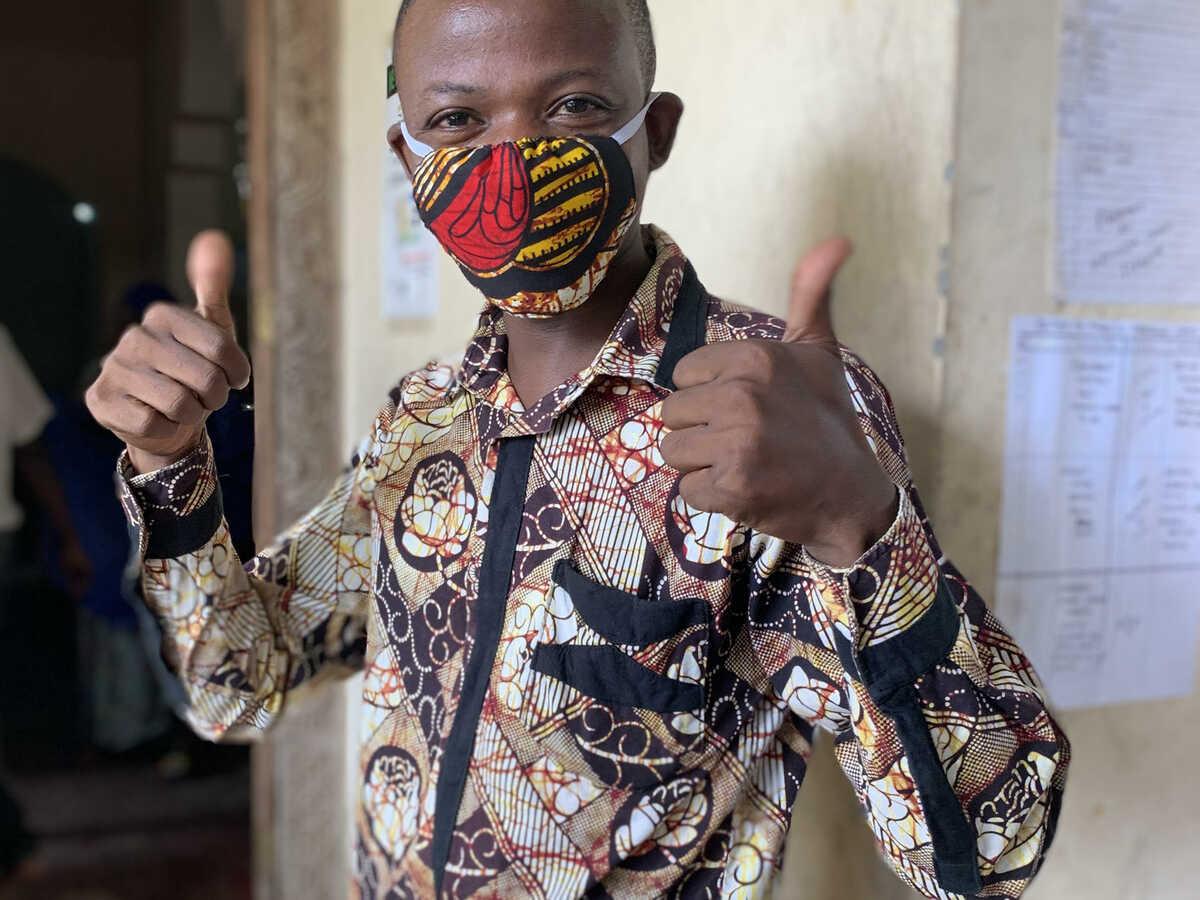 Faraja in Zanzibar with a mask. @Chako